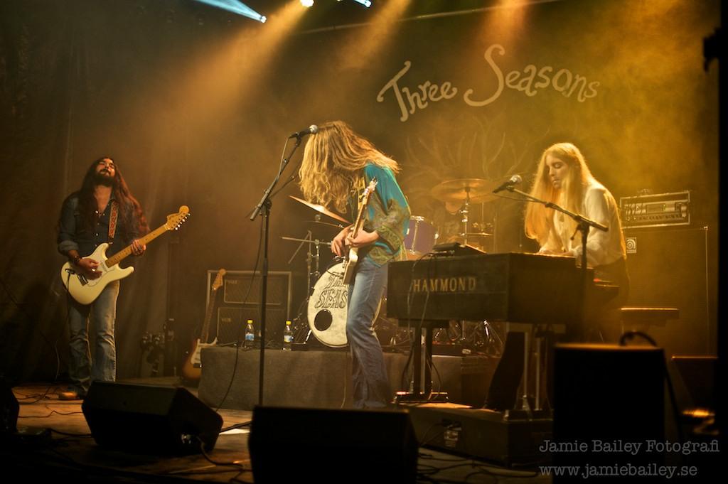 Three Seasons 006-imp